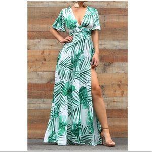 •Thigh High Action• Print Maxi Dress